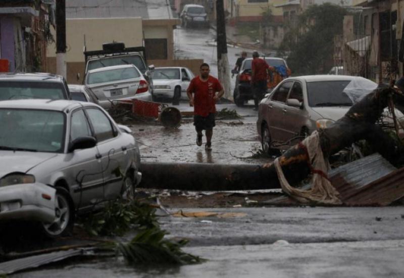 Πουέρτο Ρίκο: Ο κυκλώνας Μαρία σάρωσε τα πάντα