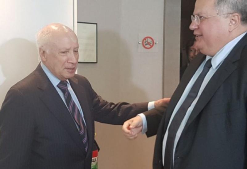 Ξεκινούν οι διαπραγματεύσεις για το Σκοπιανό: Ο Κοτζιάς είδε τον Νίμιτς στις Βρυξέλλες