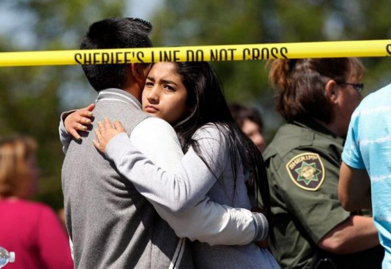 Πόσοι Αμερικανοί έχουν σκοτωθεί από μακελάρηδες και πόσοι από τρομοκράτες;