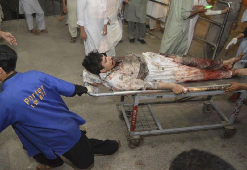 Λουτρό αίματος σε προεκλογική συγκέντρωση στο Πακιστάν