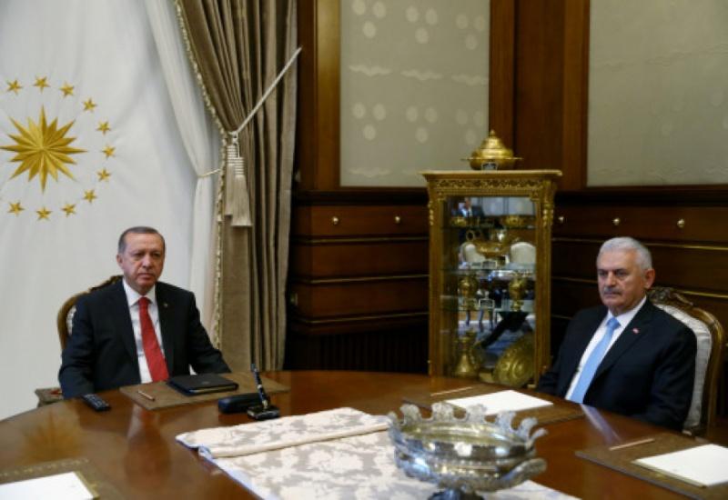 Ανασχηματισμός στην Τουρκία: Καρατομήσεις και νέα πρόσωπα – Αναλυτικά τα ονόματα