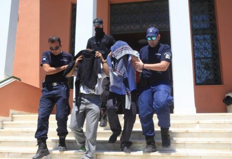 Στην Αθήνα το αίτημα έκδοσης των 8 Τούρκων στρατιωτικών