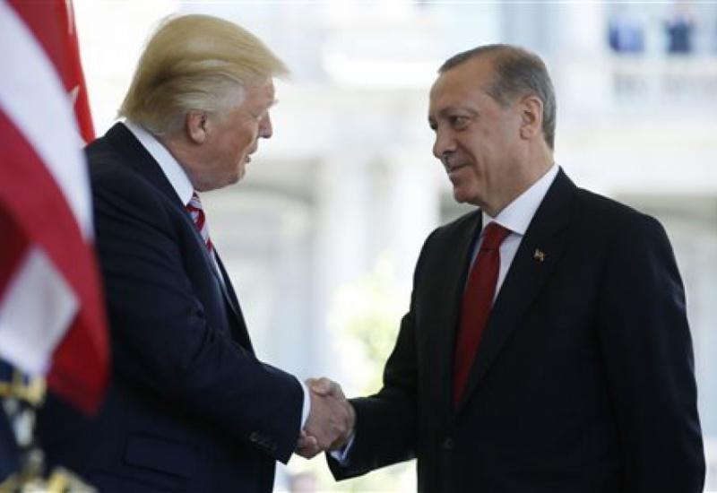 Τραμπ: O Ερντογάν έχει γίνει φίλος μου