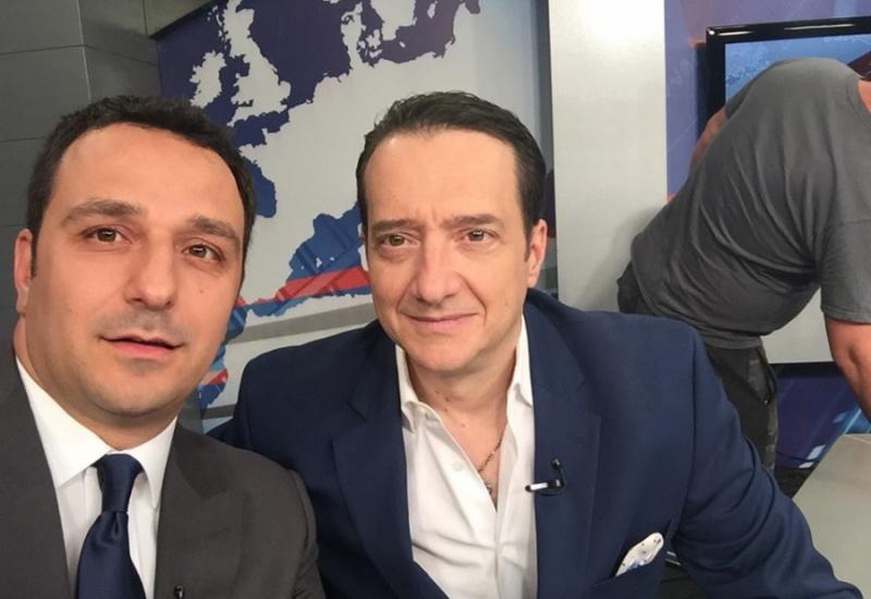 HXHTIKO Νίκος Χιδίρογλου στον Hellas FM: O σχηματισμός Οικουμενικής Κυβέρνησης στην Ελλάδα θα σημάνει και το τέλος του πολιτικού συστήματος όπως το ξέρουμε!
