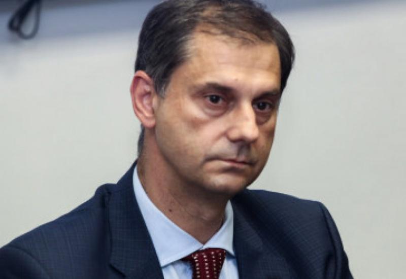 Ο Υπουργός Τουρισμού Χάρης Θεοχάρης στον Hellas FM