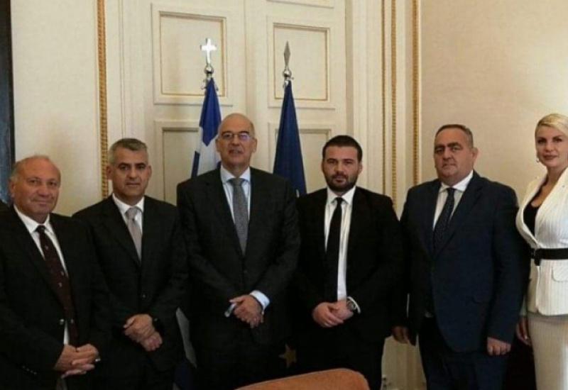 Δένδιας: Στο πλευρό της ελληνικής εθνικής μειονότητας στην Αλβανία
