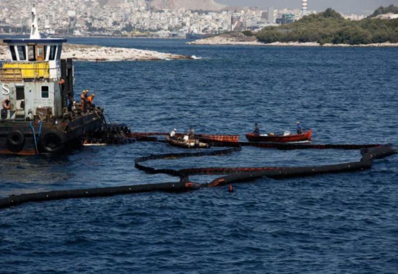 """""""Αδειάζει"""" τον Κουρουμπλή η εκπρόσωπος του EMSA: 16 πλοία πάντοτε διαθέσιμα"""