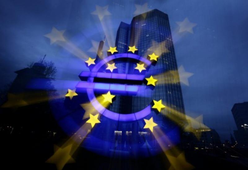 CNBC: Αυτά είναι τα τέσσερα σενάρια που εξετάζει η ΕΚΤ για την Ελλάδα