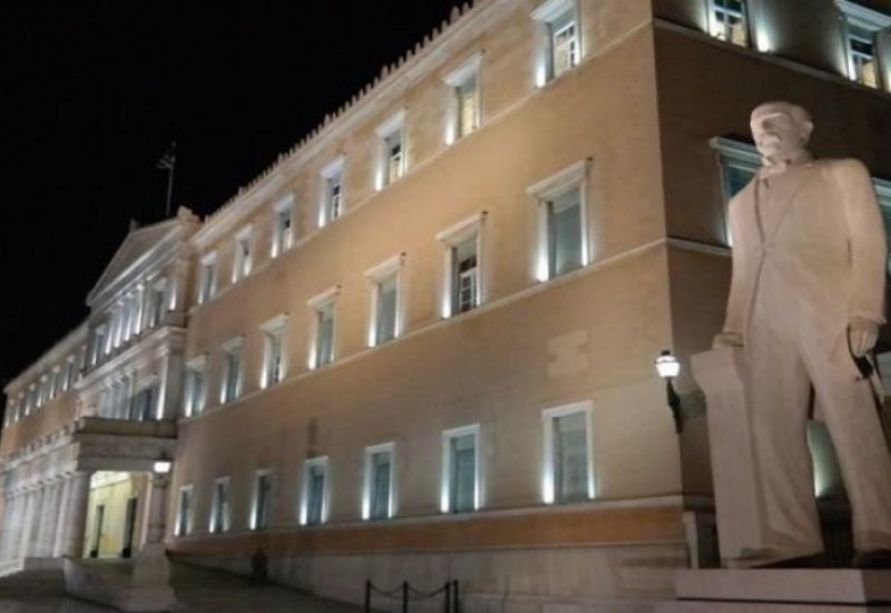 Αντιδράσεις και διαφωνίες για την ψήφο των Ελλήνων του εξωτερικού