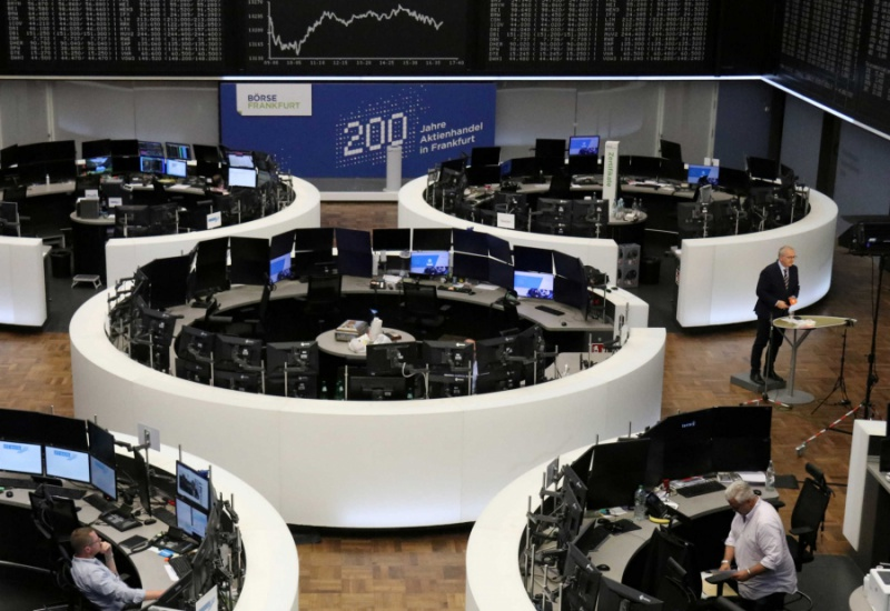 Πανικός στα διεθνή χρηματιστήρια – Κορονοϊός και τραπεζικό σκάνδαλο τα έστειλαν στα… τάρταρα