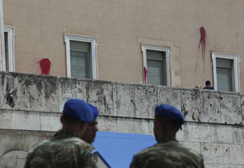 Κακουργηματική δίωξη για την επίθεση στην Βουλή