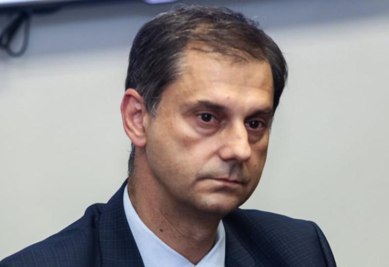 Ο Υπουργός Τουρισμού Χάρης Θεοχάρης αποκλειστικά στον HELLAS FM